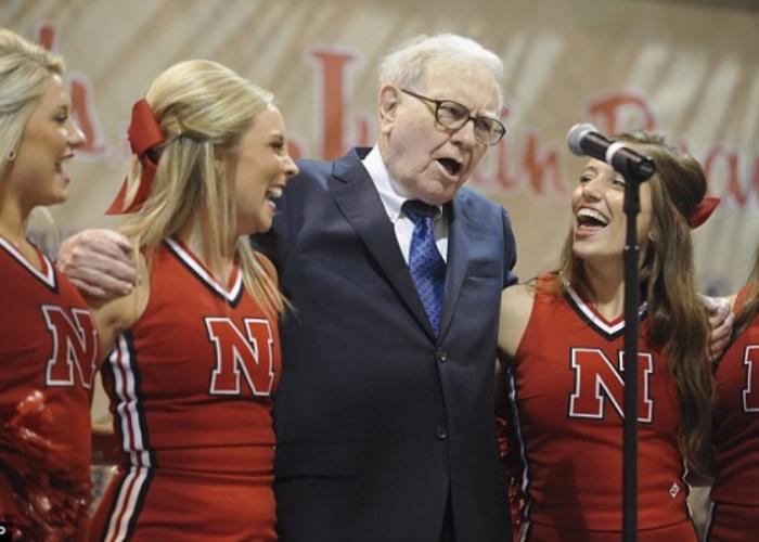 Buffett Having Fun 4